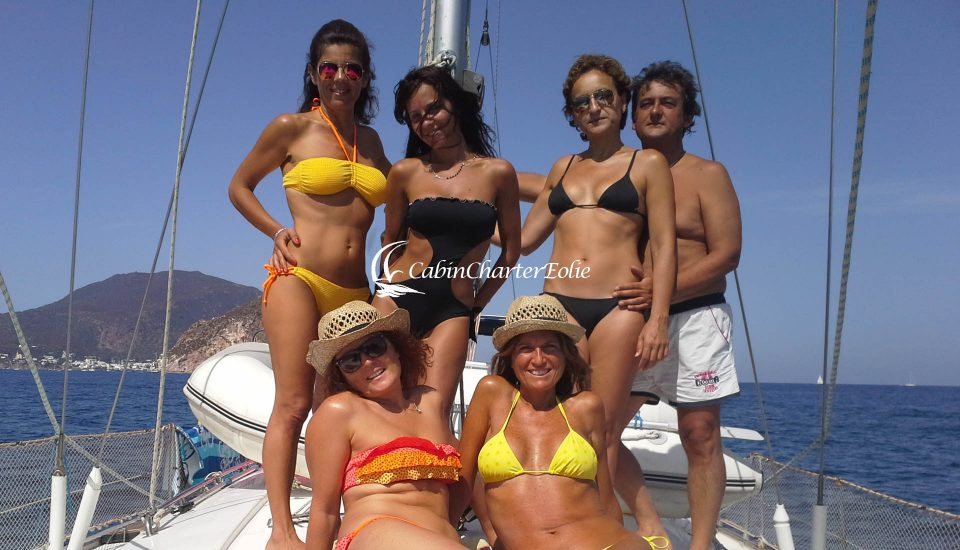 Compleanno in Barca a Vela - Isole - Cabin Charter Eolie