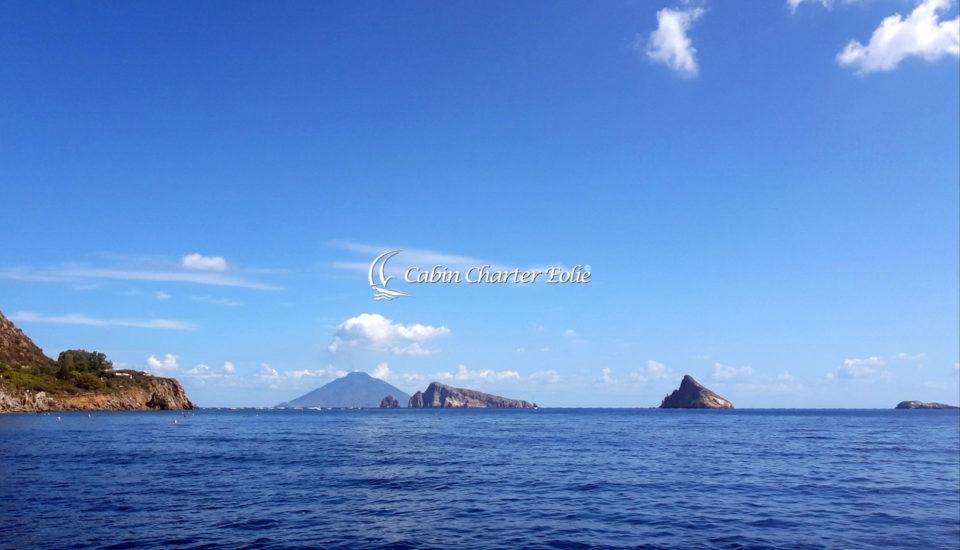 Imbarco per Coppia - Cabin Charter Eolie - Vacanza in Barca a Vela - Sicilia - Italy