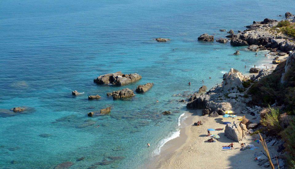 Cabin Charter Eolie - Capo Vaticano - Calette -Vacanza in Barca a Vela - Viaggio in Barca a Vela - Calabria - Sicilia