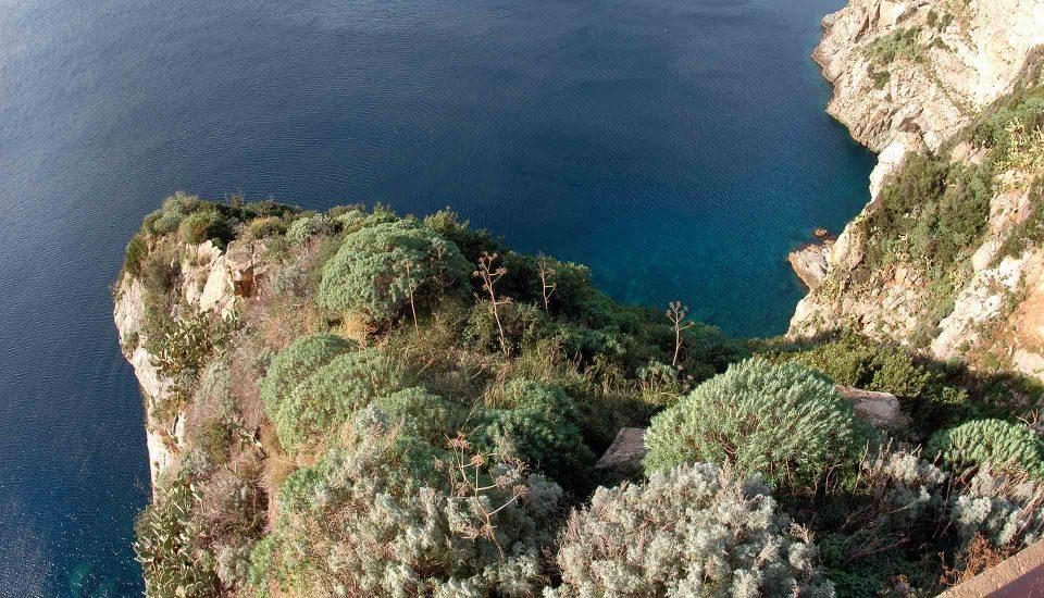 Cabin Charter Eolie - Palmi - Rupe - Vacanza in Barca a Vela - Viaggio in Barca a Vela - Calabria - Sicilia