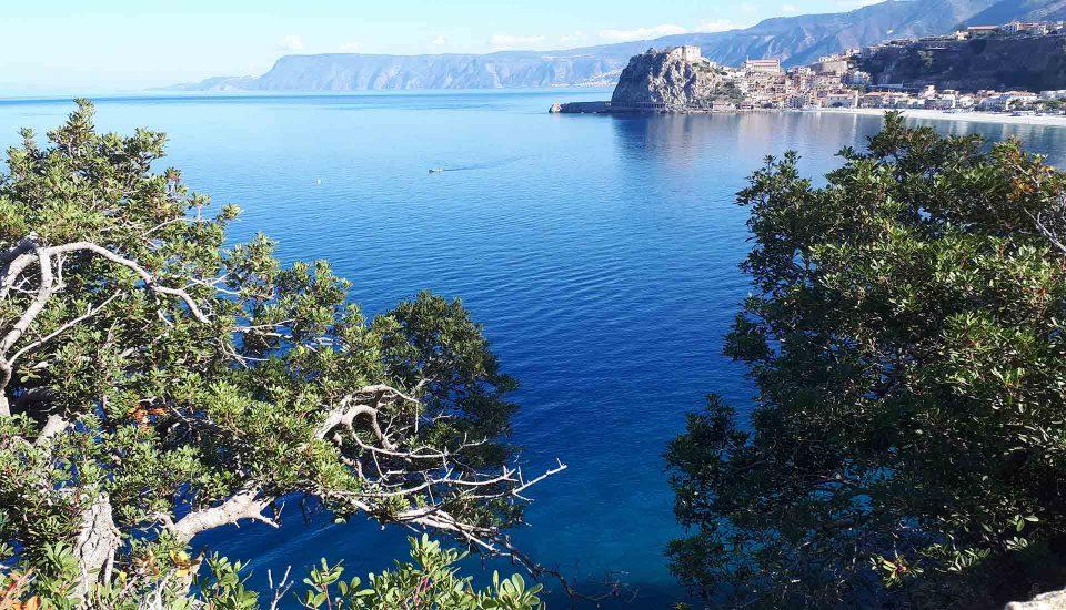 Cabin Charter Eolie - Scilla - Scorcio - Vacanza in Barca a Vela - Viaggio in Barca a Vela - Calabria - Sicilia