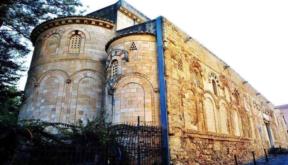 Cabin Charter Eolie - Tropea - Cattedrale - Vacanza in Barca a Vela - Viaggio in Barca a Vela - Calabria - Sicilia